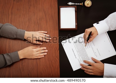 signing the document notary public